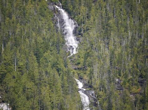 Kwasti waterfall